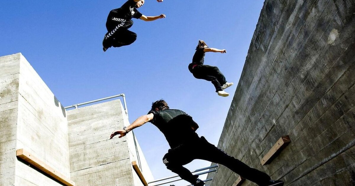 essay parkour Parkour is a new and exciting sport that people are performing around the world parkour is a french word for the art of movement parkour was created by david belle out of his imagination, his heritage and from his desire during childhood to find the means to move through the world in an efficient and fluid way.